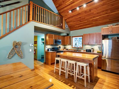 Photo for Stoke Cabin: Private, Modern, Bright & Well Equipped