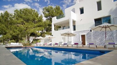 Photo for 6 bedroom Villa, sleeps 12 in Ses Paisses with Pool, Air Con and WiFi