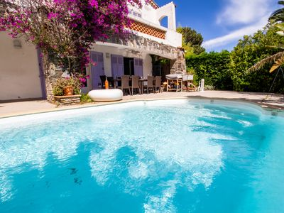Photo for Cavalaire Sur Mer Villa 8 to 10 people Air-conditioned and swimming pool