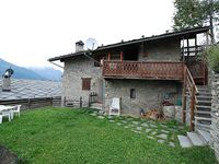Cosy, quiet with a great view on the Aosta Valley