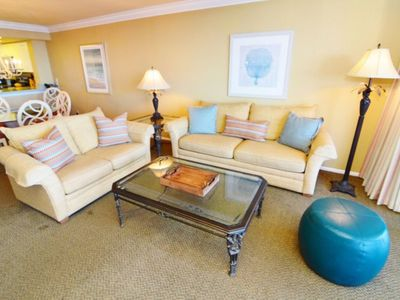 Photo for Family-friendly beachfront condo at Sanibel Harbour Resort