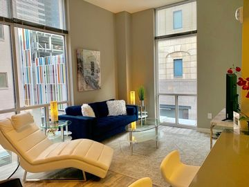 2BR In Heart Of Nashville, ALL The Amenities