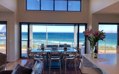 Photo for ARRUNGA@FISHERMANS BEACH HOLIDAY HOME-PENINSULA GATEWAY-WINE-DINE-RELAX-SPA-GOLF