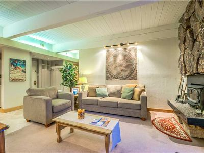 Discounted lift tickets! Beautiful Steamboat Condo With Outdoor Heated Pool!