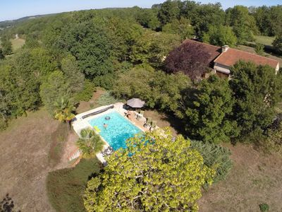Photo for Holiday home with AC and private pool in forested surroundings.