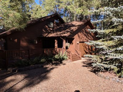 Photo for Cozy, Quiet Pinetop Escape w/ Tesla Wall Charger