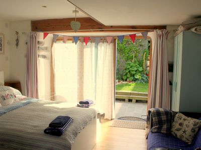 Photo for A pretty, self-catering/self-contained bespoke annex, with en-suite WC/shower.