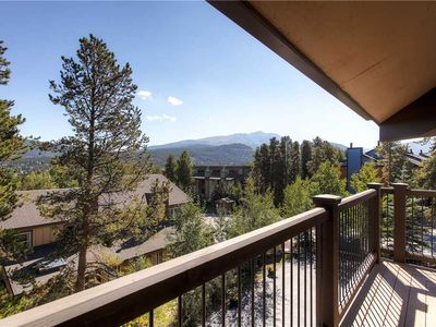 Photo for Spacious condo with granite counters, hiking trails near by