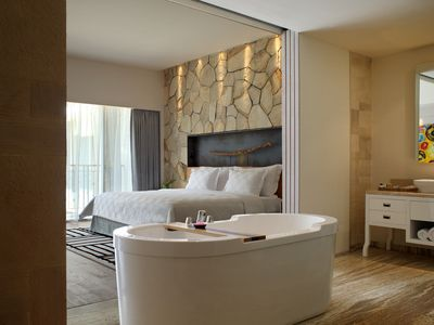 Photo for Spacious Modern Suite with Free Minibar Items (T Sand Suite8)