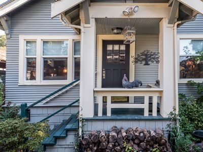 Photo for SWEET Historic Queen Anne Bungalow:, Views, Walk to Space Needle