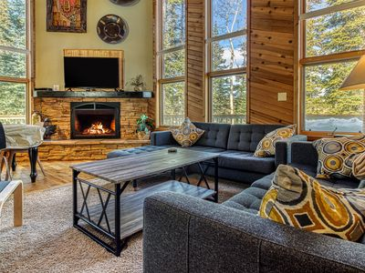 Photo for Secluded, dog-friendly cabin located close to the ski resort