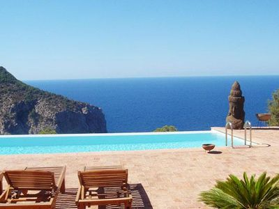 Photo for Finca with infinity pool, panorama view, moroccan chillout area, TV, AC, Wifi, t