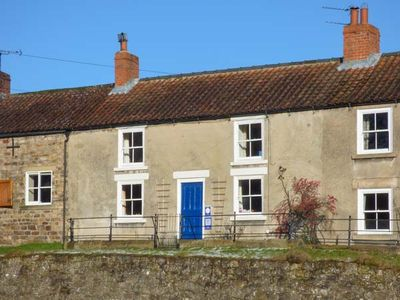 Photo for Primrose Hill Farmhouse, HUTTON-LE-HOLE