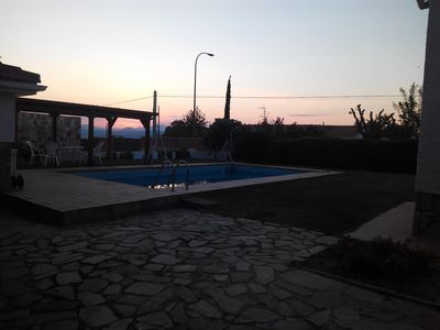Photo for Beautiful villa with private pool and barbecue for 9 people