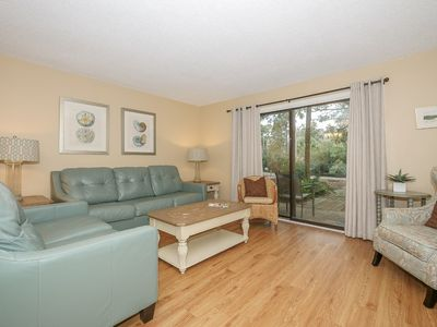 Fantastic location to the beach, pool and Coligny Plaza