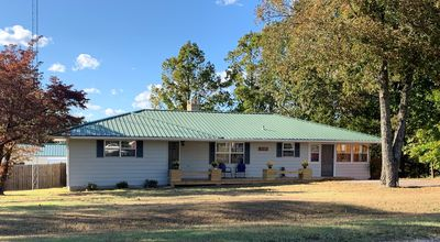 Photo for Ozark Guesthouse on Bull Shoals Lake with access to boat dock/swim platform