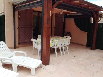 Photo for Holiday house in quiet green residence in the center of Argelès-Plage