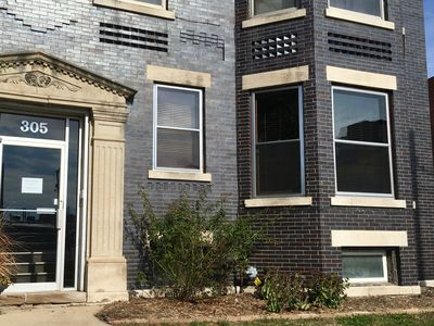 Photo for 1BR Condo Vacation Rental in Bloomington, Illinois