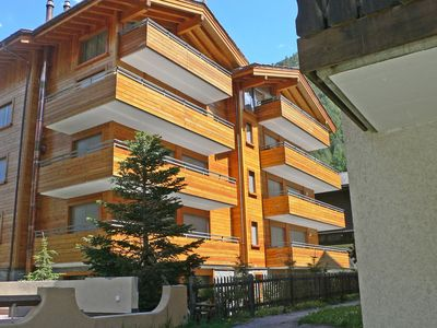 Photo for Lovely apartment for 12 people with hot tub, WIFI, TV and balcony