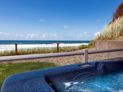 Photo for Amazing Oceanfront Views, Private Hot tub, Fireplace, Full Kitchen & OnSite Pool