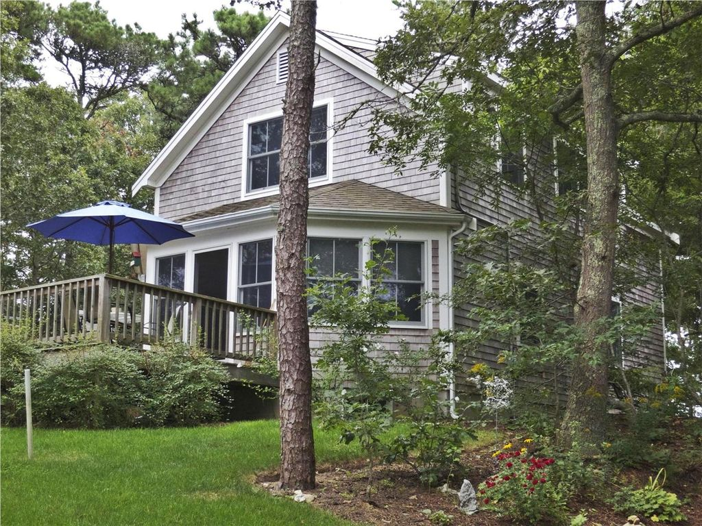 #501: Bring your kayaks! Beautiful home, steps from dock on Pleasant Bay.