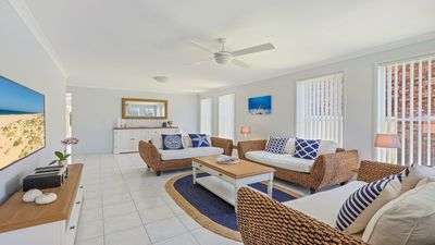 Photo for Azure Waters - perfectly positioned with ocean views