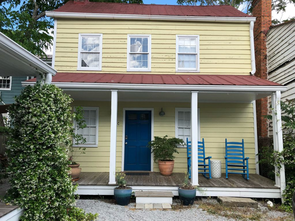 Clean And Renovated Cottage Downtown Charleston 1 Br Vacation House For Rent In Charleston