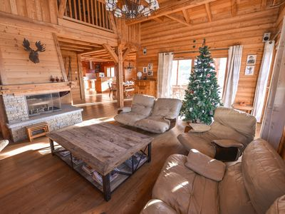 Photo for 'Le Siffleux' Chalet Sur Les Pistes Alpe d'Huez - Chalet for 12 people in L'Alpe d'Huez