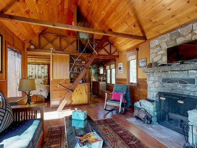 Photo for Dog-friendly cabin with peaceful location, secluded atmosphere near town
