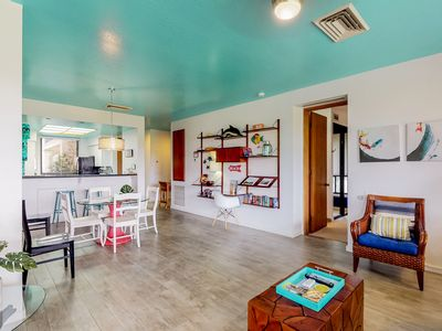 Photo for Large ground floor condo w/ a shared pool, hot tub, fitness room, & tennis