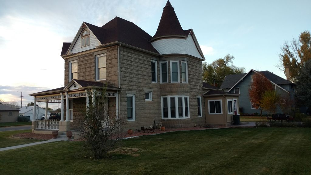 beautiful 1906 victorian home - 5 bedrms wi - vrbo