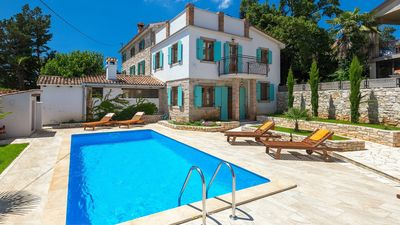 Photo for Charming villa with private pool close to Porec