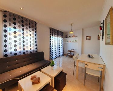 Photo for Cosy Apartment - Two Bedroom Apartment, Sleeps 5