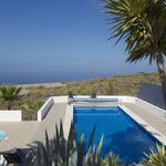 Lovely villa with plenty of comfortable