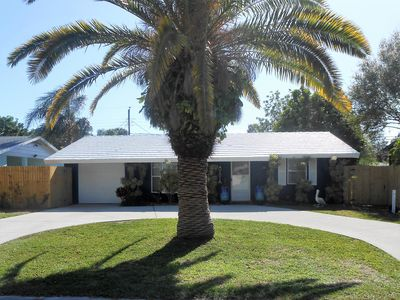 Photo for 2 Bed 2 Bath Sarasota Home just 5 miles to Siesta Key Beach & Downtown Sarasota!