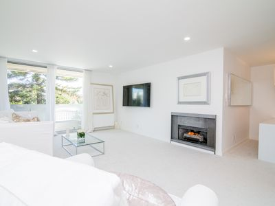 Photo for Villa Blanca in the heart of Brentwood