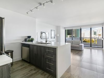 Photo for Beautiful 1 Bed+Den Apartment   1637