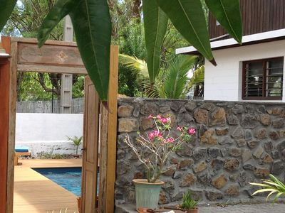 Photo for Villa + pool 30 meters from the lagoon