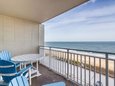 Photo for Resort oceanfront condo w/ shared pools, fitness center, & ice rink - Free WiFi!