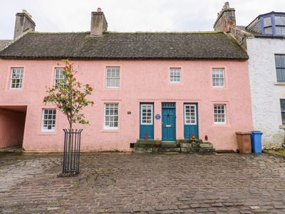 Photo for Shortbread Cottage, NEWBURGH, FIFE