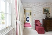 London Home 476, Enjoy a Holiday of a Lifetime Renting Your Own Private London Home - Studio Villa, Sleeps 10