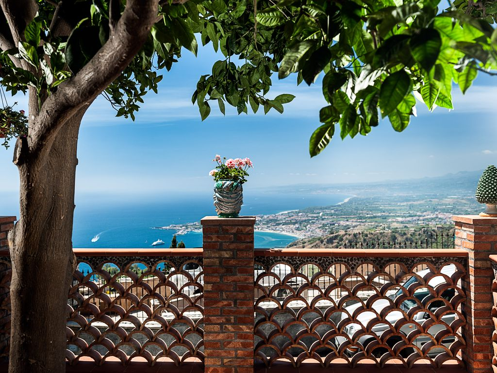 Terrazza sul Golfo: Amazing Panorama, Bright Modern Apartment With ...