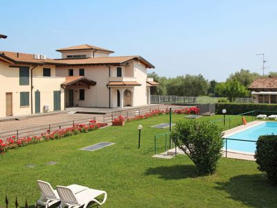 Photo for One bedroom Apartment, sleeps 6 with Pool, Air Con and FREE WiFi