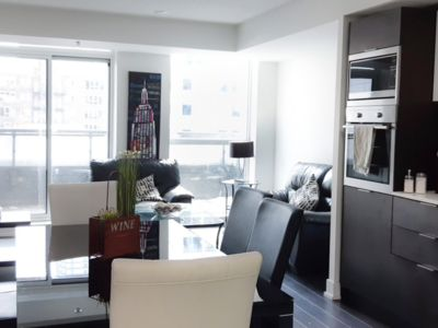 Photo for Unit 417 TIFF Luxurious 2 bed in Toronto