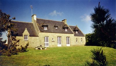 Photo for 4BR Villa Vacation Rental in Primelin, Bretagne