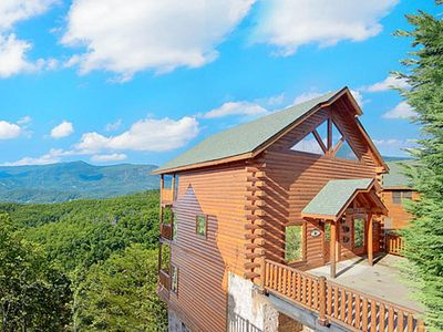 Photo for Mountain Majesty at Black Bear Ridge| Great Mountain Views| No Steps to Entry |Pool Table | Hot Tub