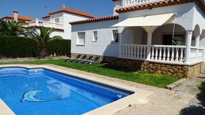 Photo for Villa Laura offers air-conditioned with private 9x5m pool. and up to 10 persons