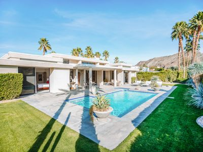 Photo for Contemporary villa on premier golf course in Indian Canyons with lush grounds, pool and spa