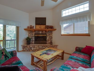 Photo for Centrally located townhouse with mountain views - steps from the lake