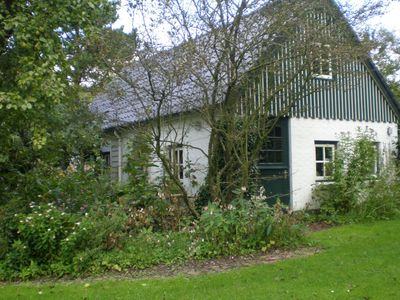 Photo for Vacation home on the outskirts of the Frisian village of Kollum.